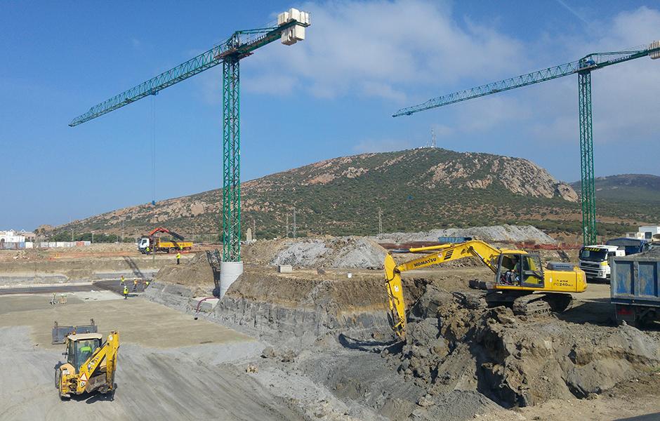 Inicio de excavaciones para el proyecto palacio de pilas